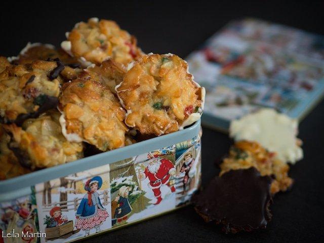 Florentins petits biscuits aux amandes et fruits confits recouverts de chocolat noir, blanc ou au lait