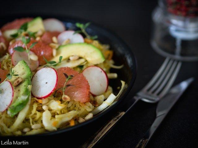 recette de salade de choucroute crue, fenouil, avocat, pamplemousse