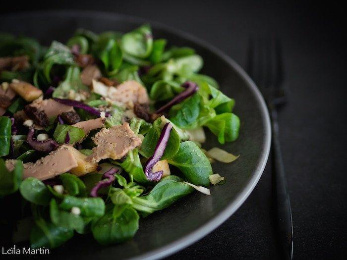 recette de salade saine et gourmande aux copeaux de foie gras et épices
